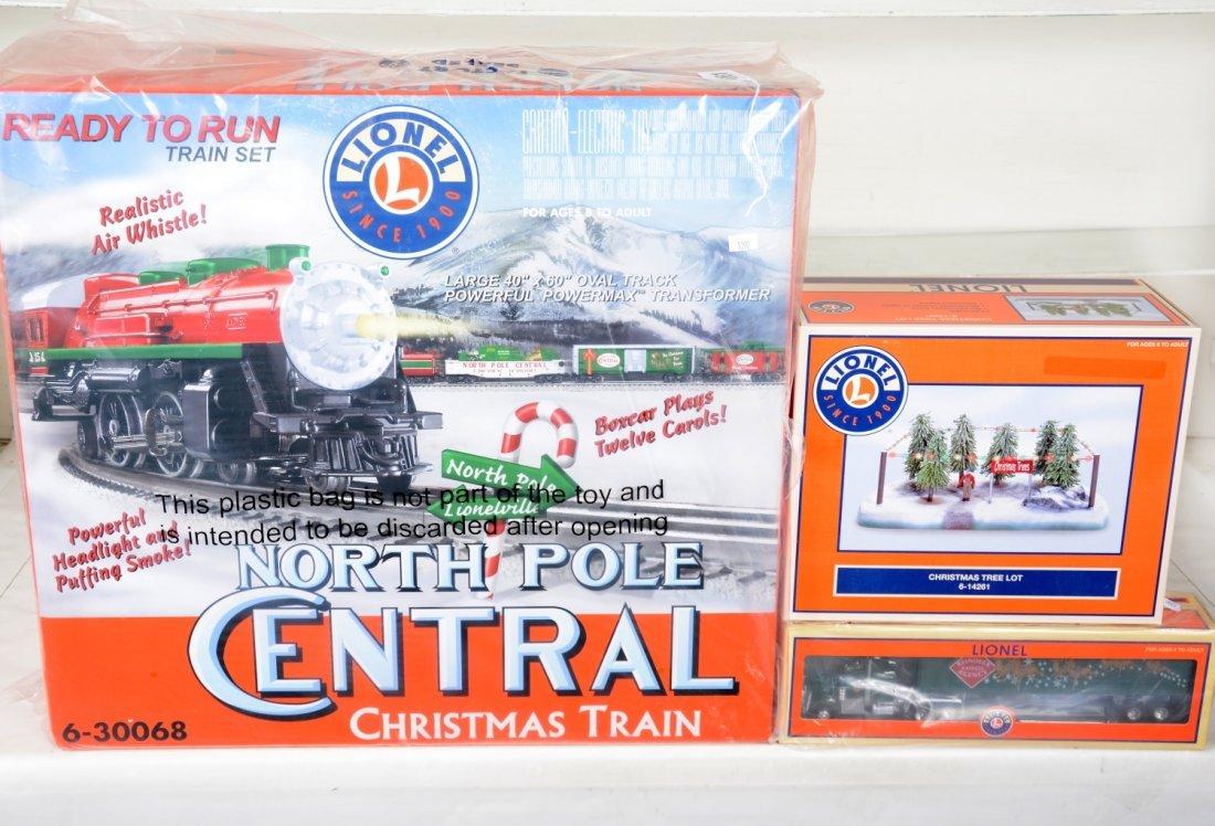 Lionel 30068 North Pole Central Set, Plus