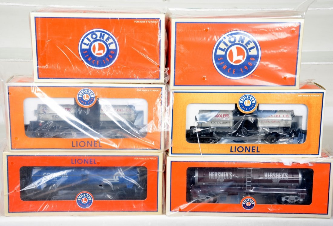 Lionel Freight & Motorized Cars