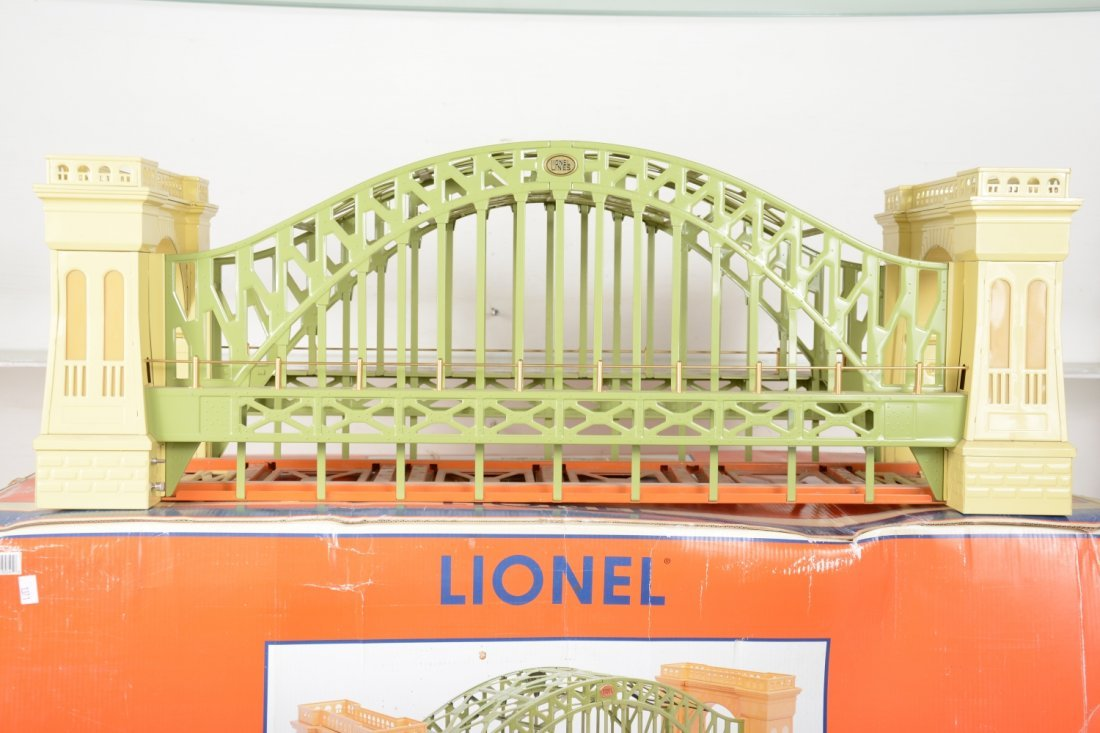 Lionel 32904 #305 Hellgate Bridge