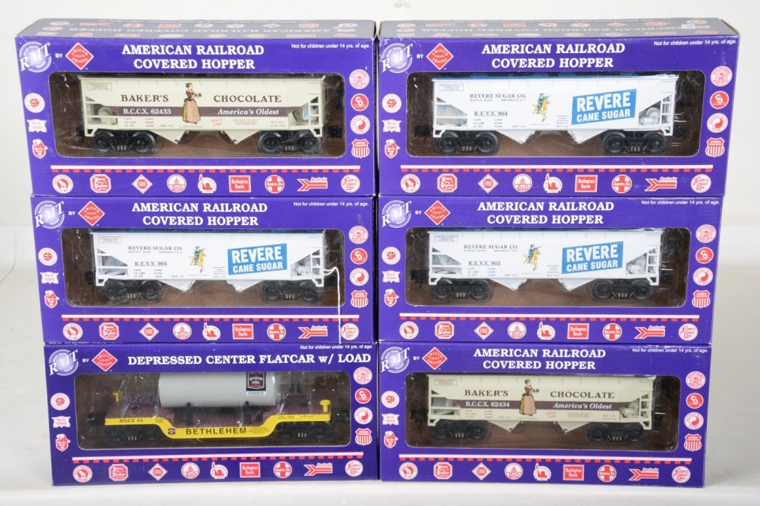 6 RMT Freight Cars