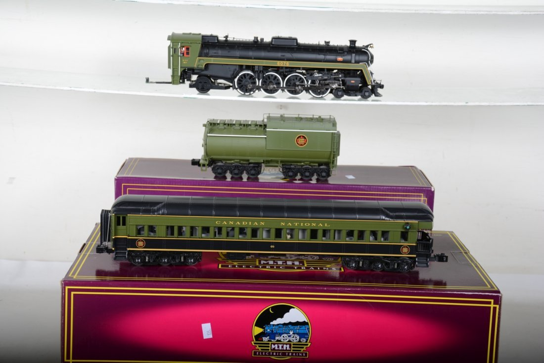 MTH Canadian National Steam Passenger Set