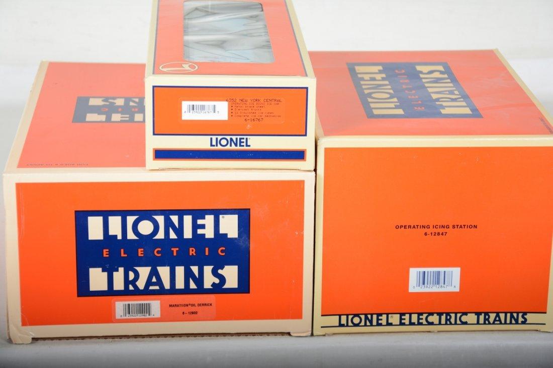 Lionel Oil Derrick & Icing Station