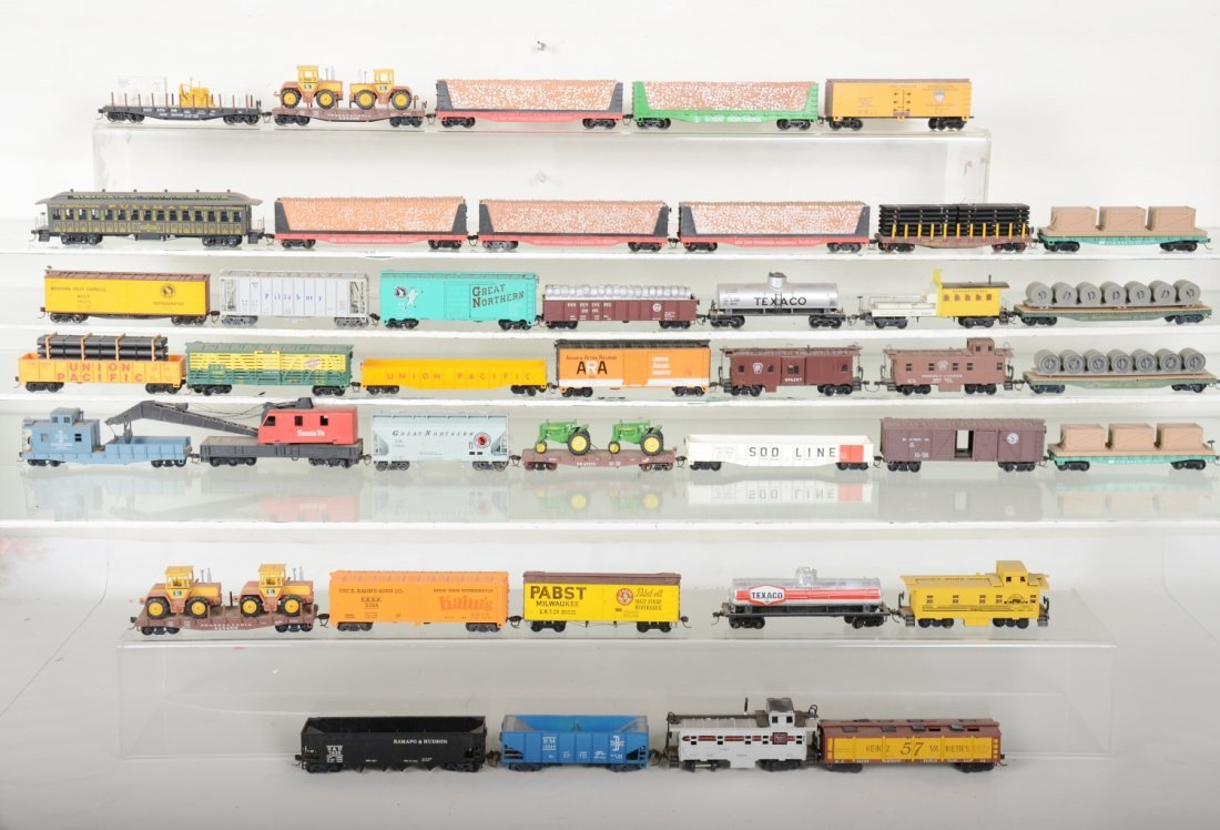 HO GA 40+ Assorted Freight Cars