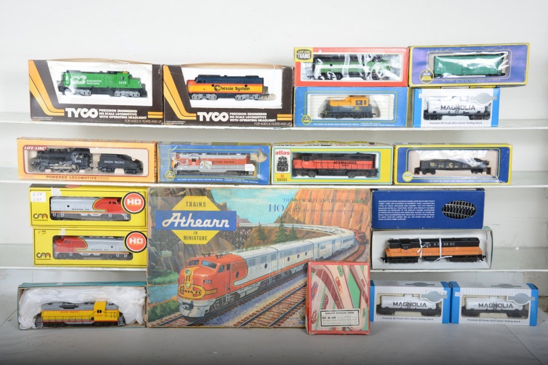 Dealer Lot Boxed HO Trains