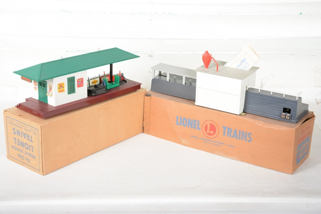 Boxed Lionel 464 & 356 Operating Accessories - 2