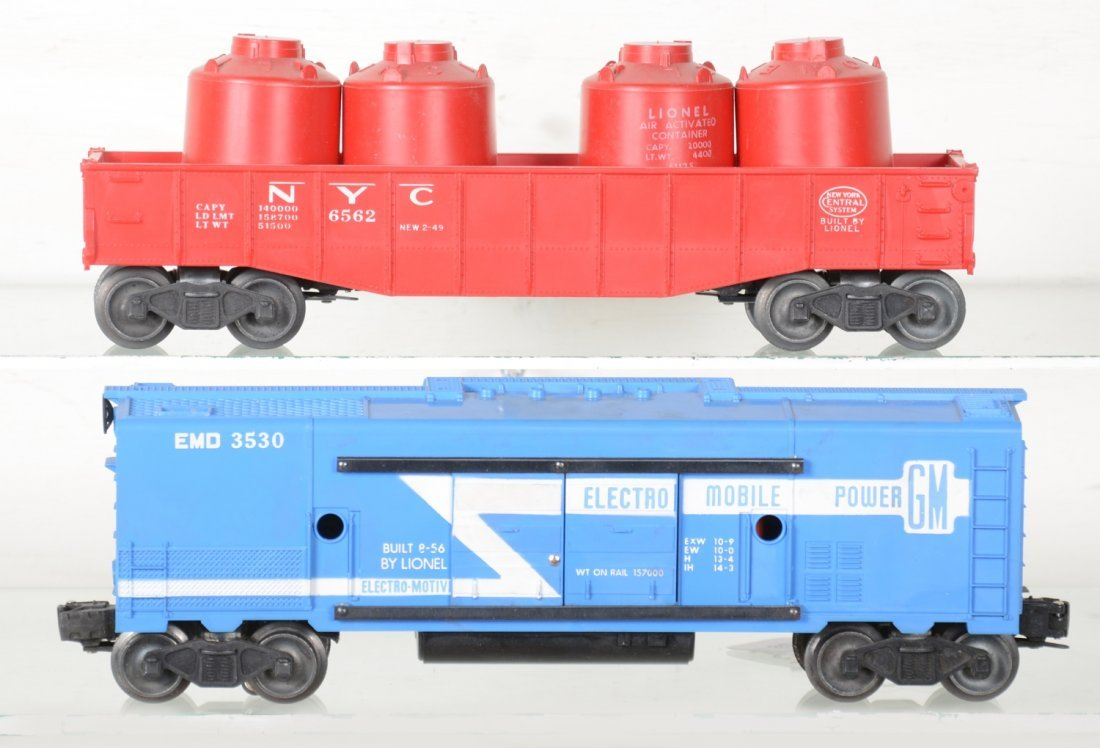 Clean Boxed Lionel 3530 & 6562 Freights - 2
