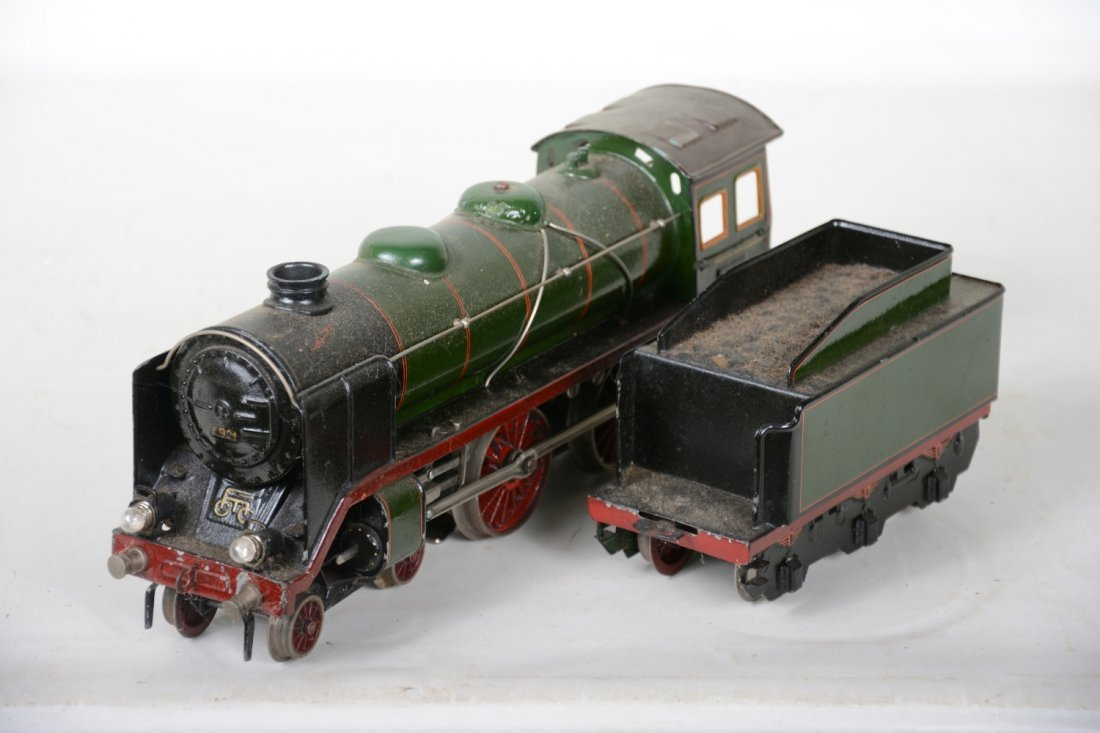 Marklin E66/12921 Steam Locomotive - 3