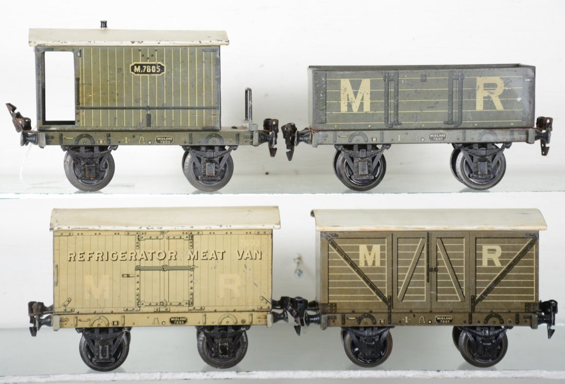 4 Marklin 20cm English Style Freight Cars