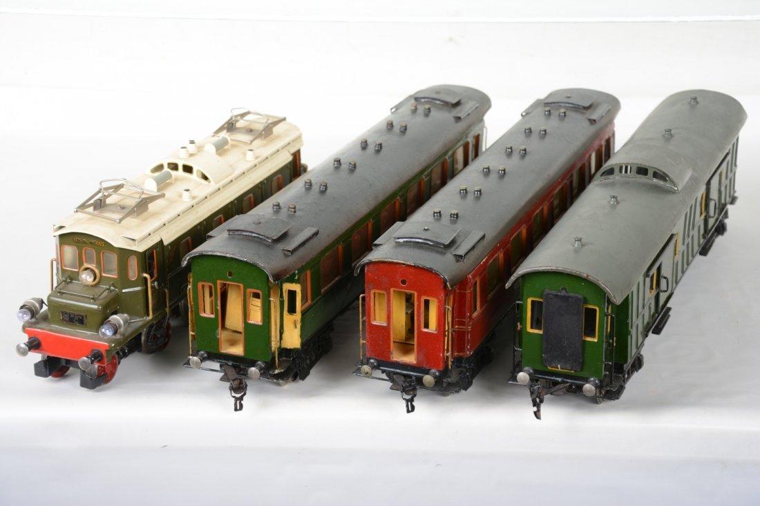Nice Marklin 52cm Passenger Set - 3