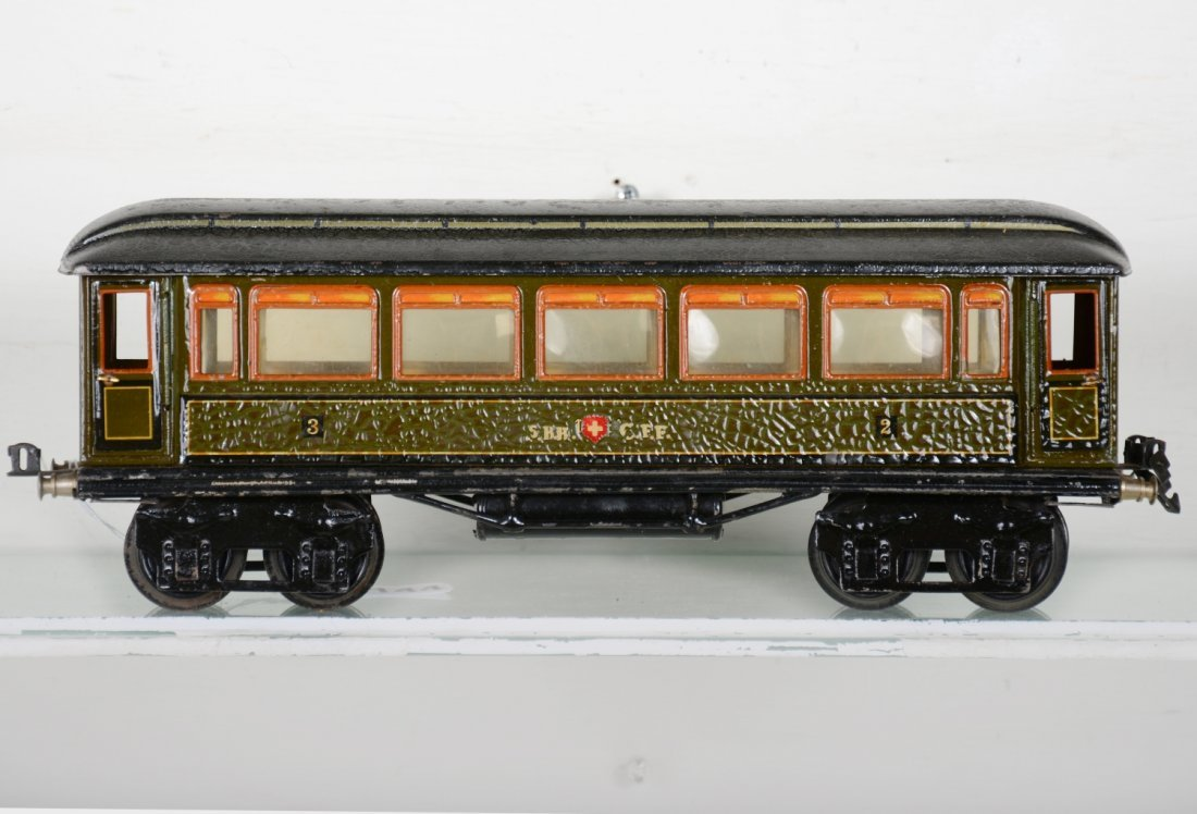 Unusual Marklin 1888/1 SBB CFF Swiss Coach - 2