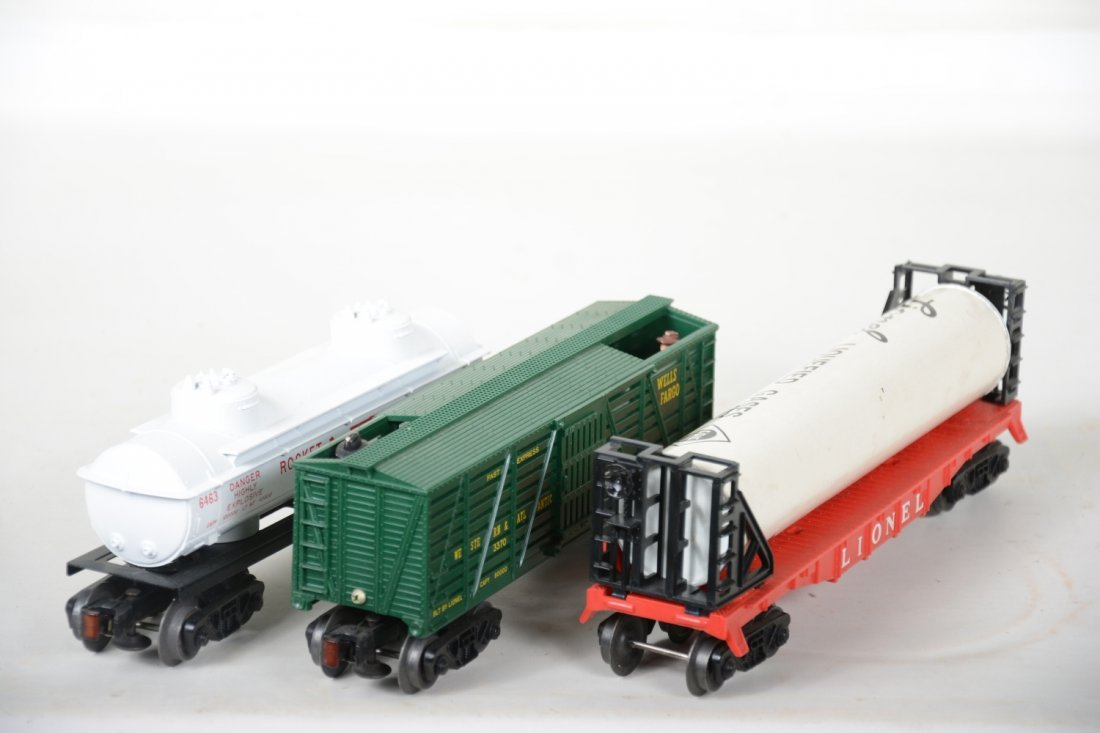 Boxed Lionel 3470, 6463 & 6469 Freight Cars - 5