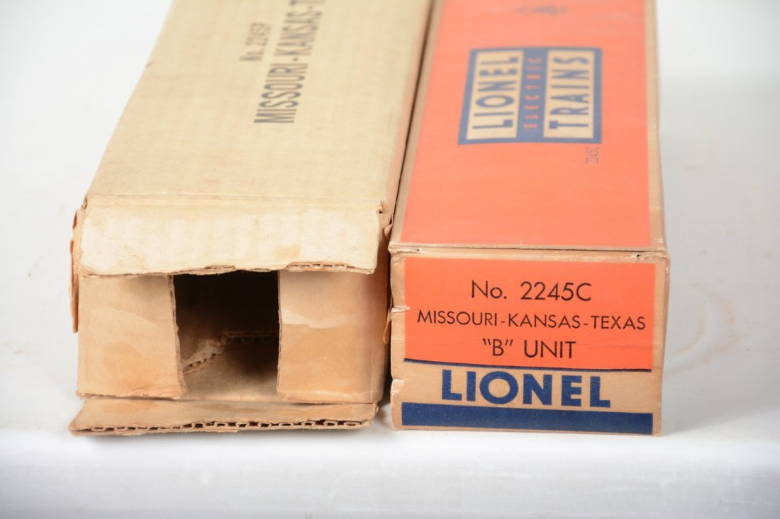 Boxed Lionel 2245 Texas Special F3 AB Diesels - 6