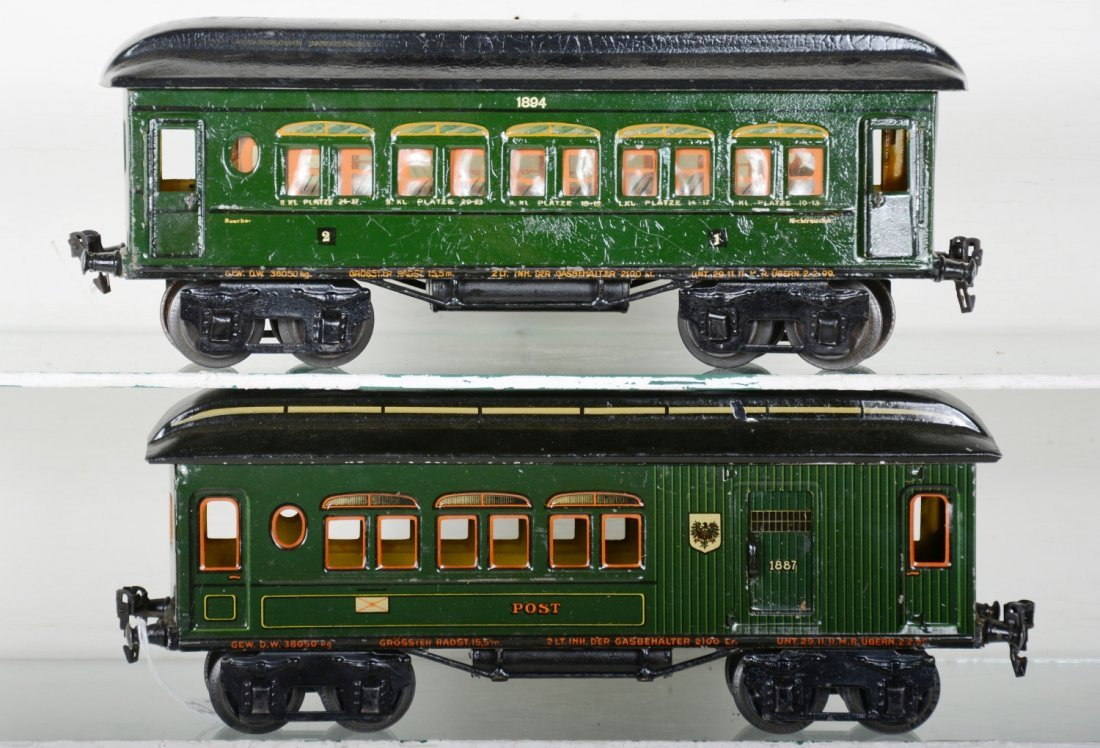 Early Marklin 33cm Passenger Cars