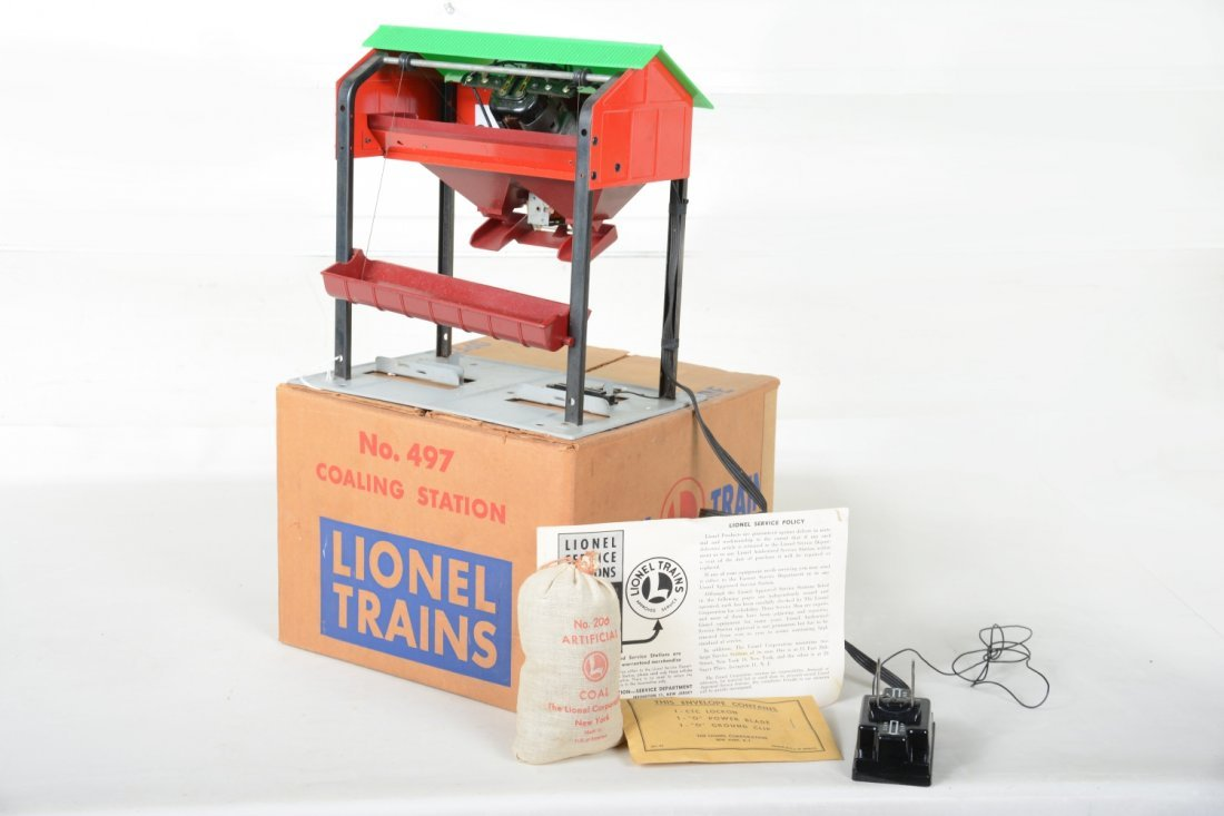 Nice Boxed Lionel 497 Coaling Station