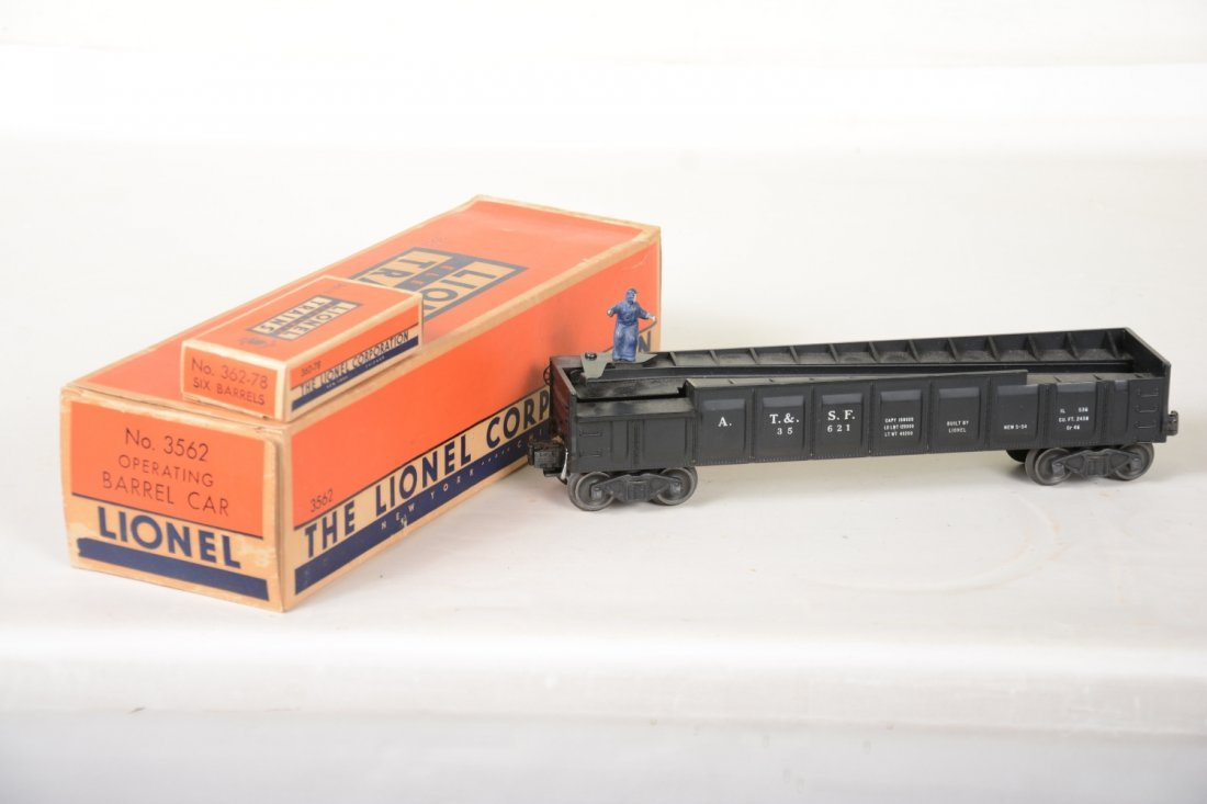 Super Boxed Lionel Black 3562 Barrel Car - 2
