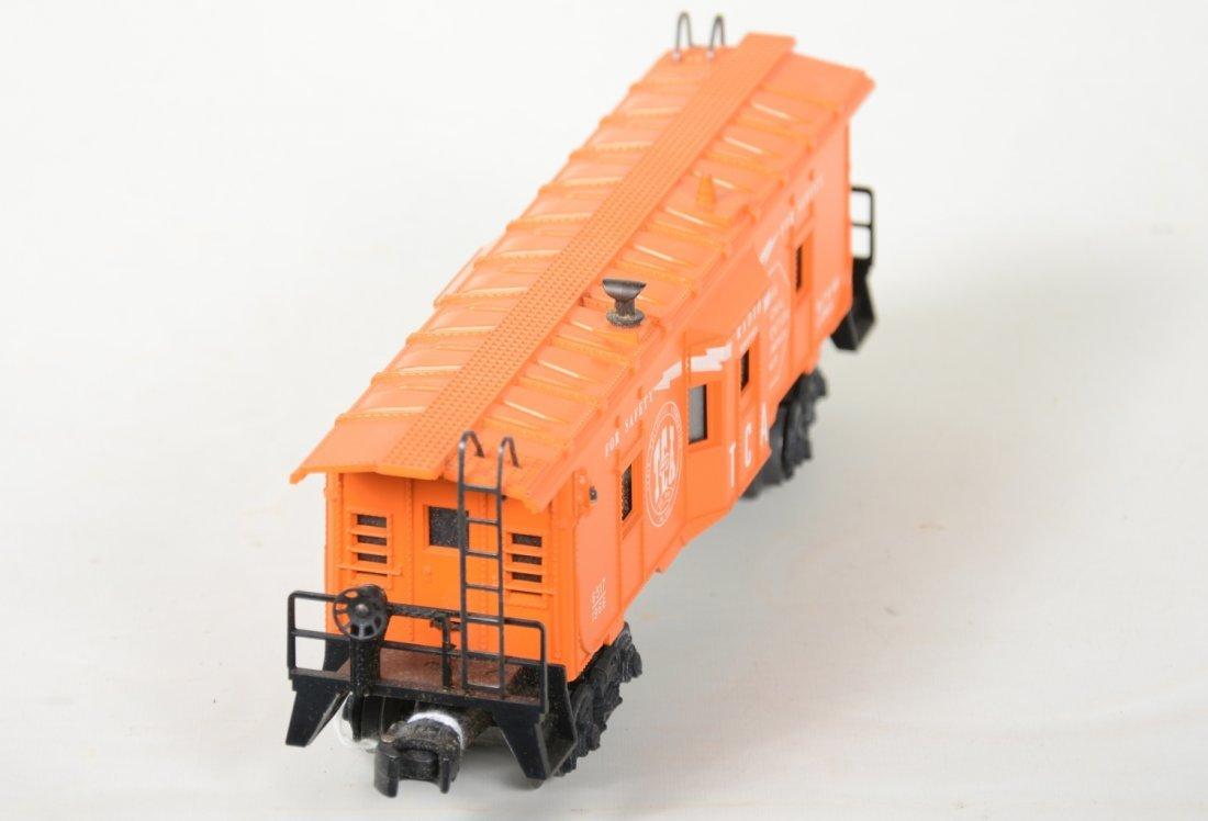 NMINT Lionel 6417-60 TCA Baywindow Caboose - 3