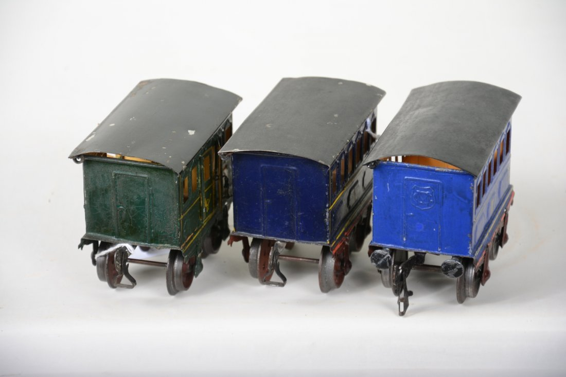 3 Very Early 11cm Marklin Hand-Painted Cars - 3