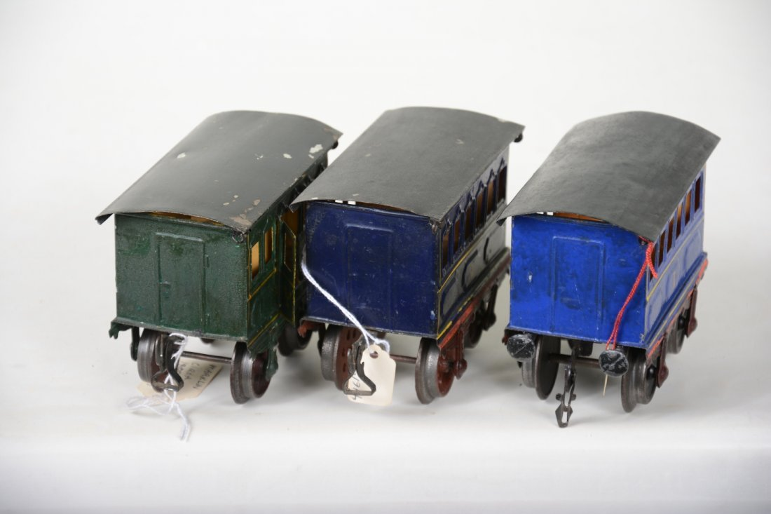 3 Very Early 11cm Marklin Hand-Painted Cars - 4