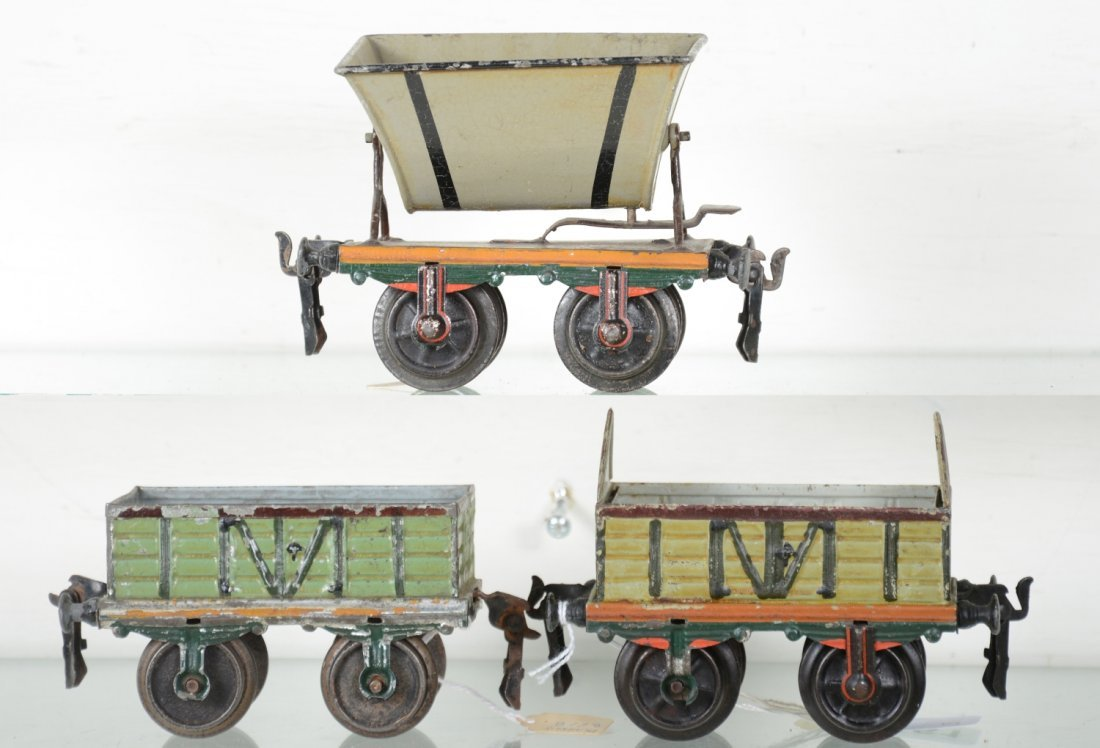 Early Hand-Painted Marklin 13cm Freight Cars