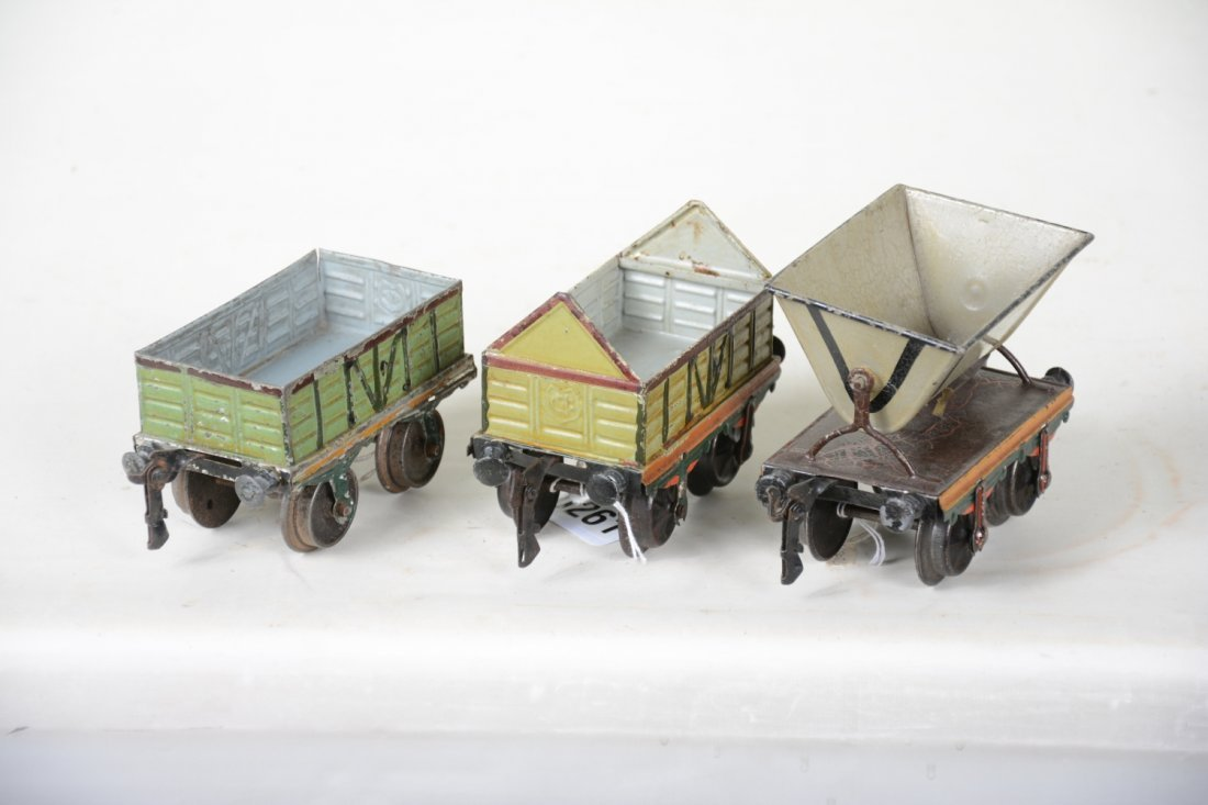 Early Hand-Painted Marklin 13cm Freight Cars - 4