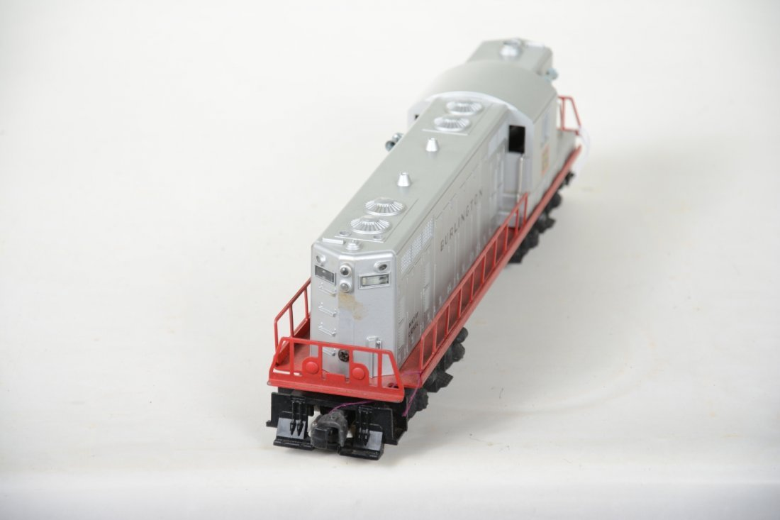 Super Boxed Lionel 2328 Burlington GP7 Diesel - 4