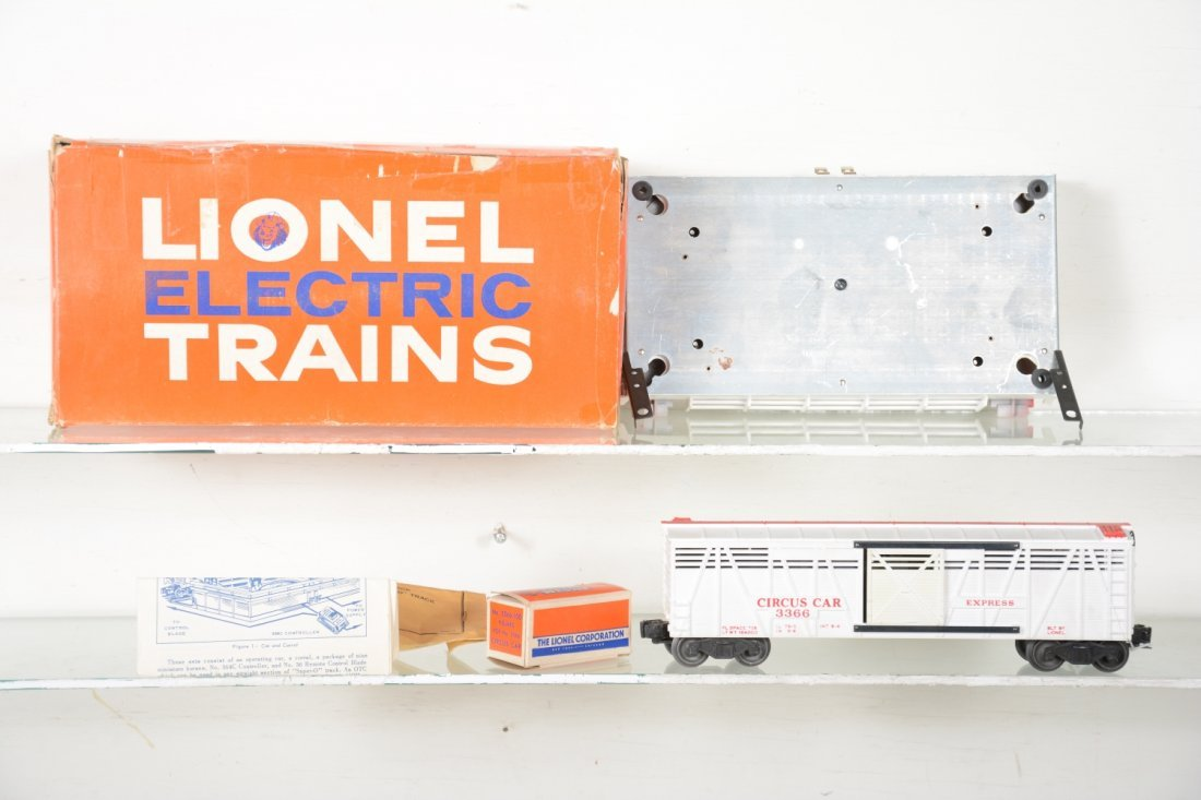 Scarce Boxed Lionel 3366 Operating Circus Car - 2