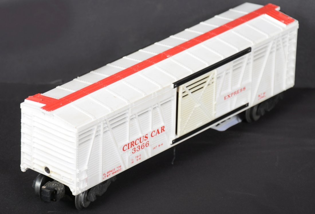 Scarce Boxed Lionel 3366 Operating Circus Car - 3