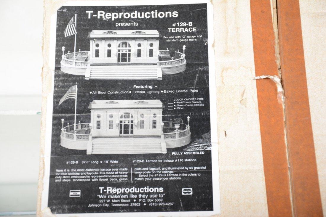 T-Repro Lionel 129 Terrace & Station - 4