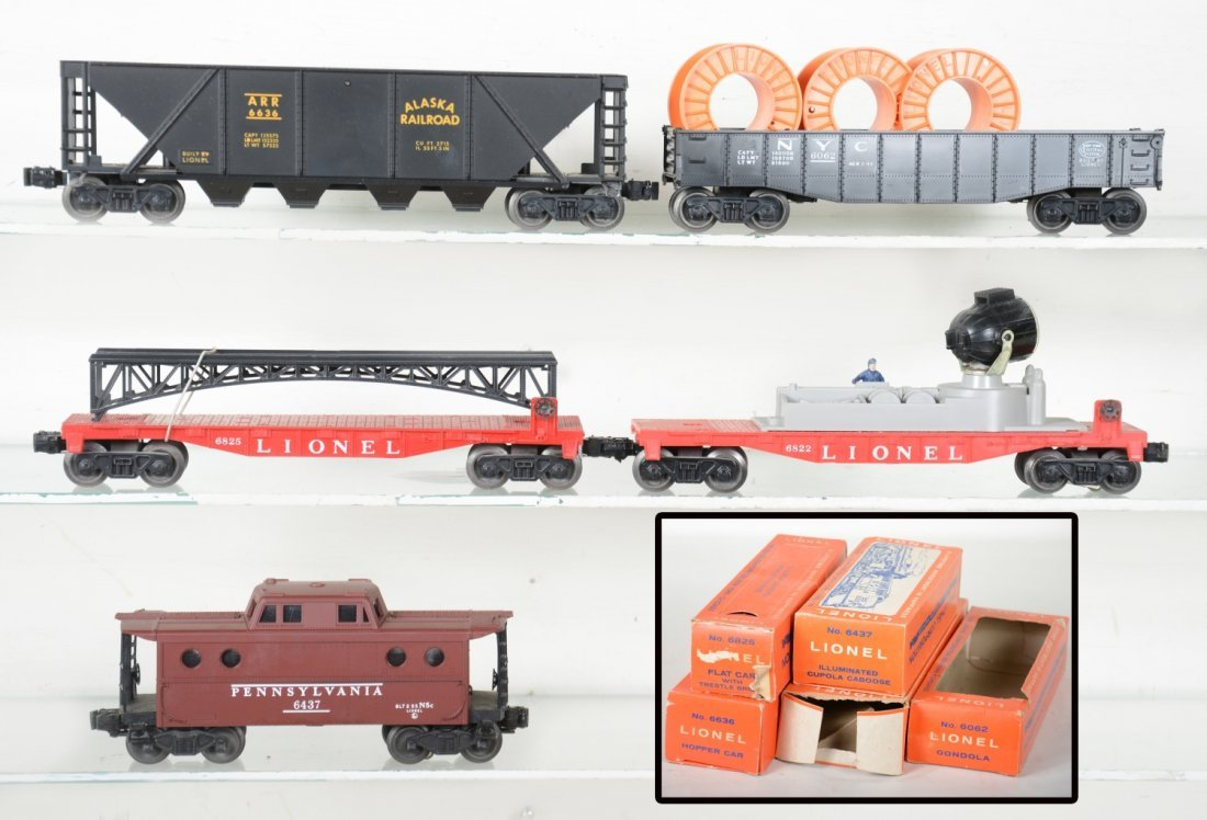 Boxed Late Lionel Freight Cars