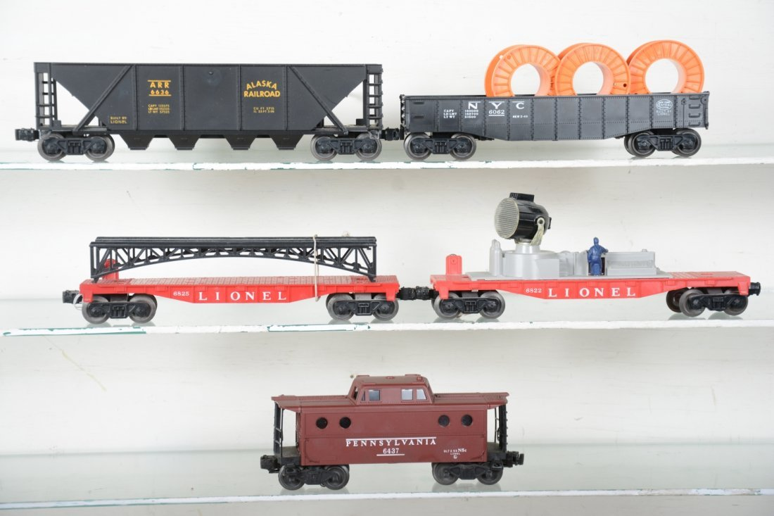 Boxed Late Lionel Freight Cars - 3