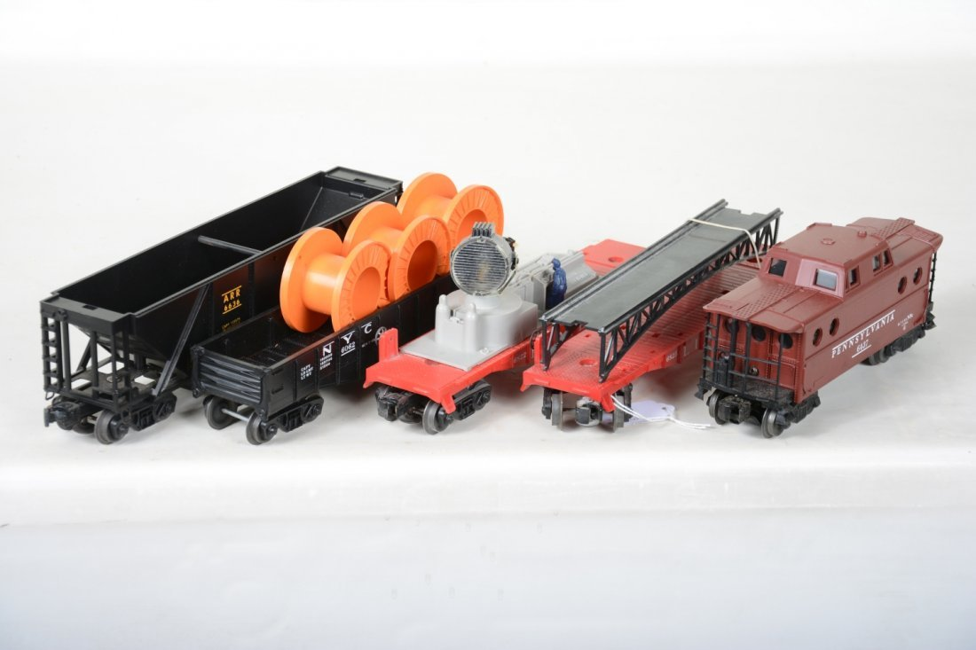 Boxed Late Lionel Freight Cars - 5