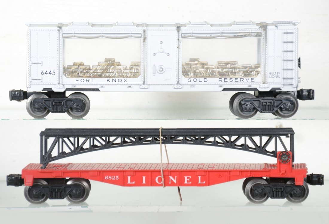 LN Boxed Lionel 6445 & 6825 Freight Cars - 3