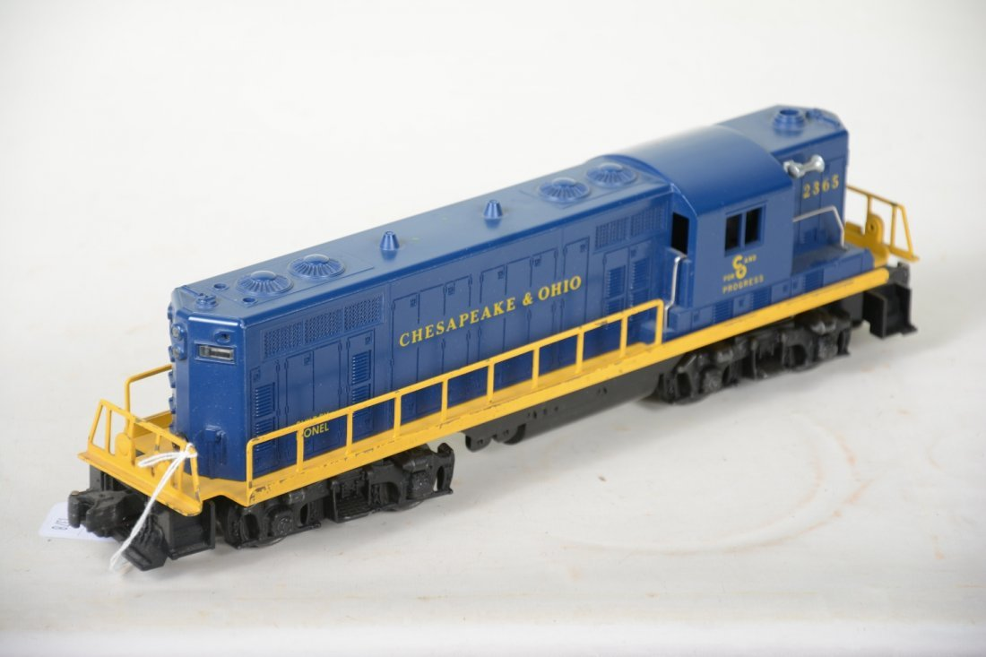 Boxed Lionel 2365 C&O GP7 Diesel - 3