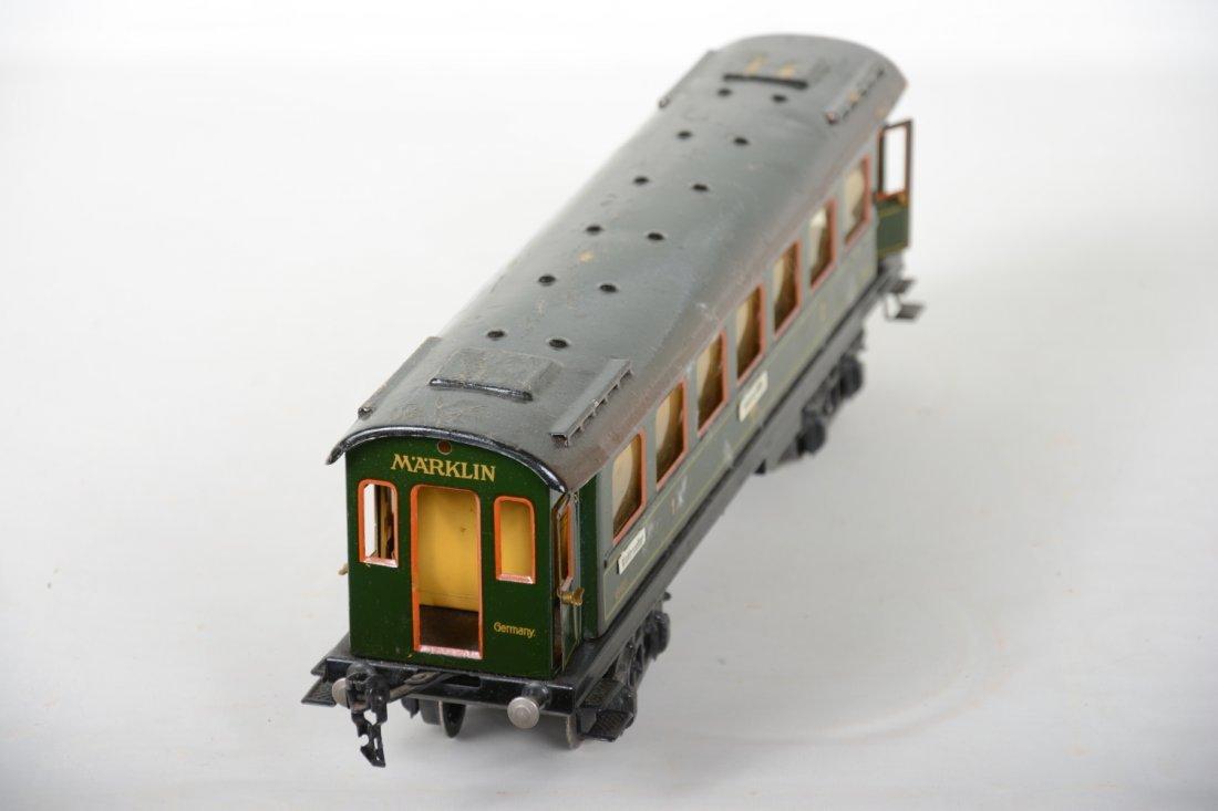 42cm Marklin 18411 Coach with Interior & Figures - 3