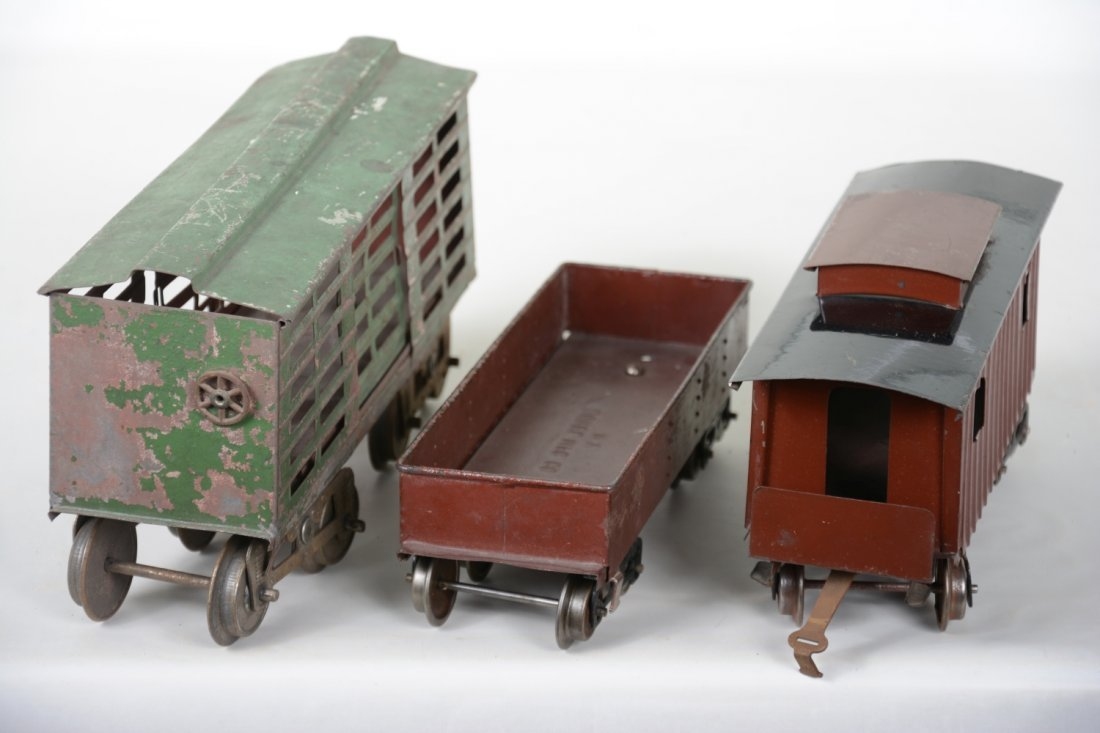 3 Early Lionel Freight Cars - 3