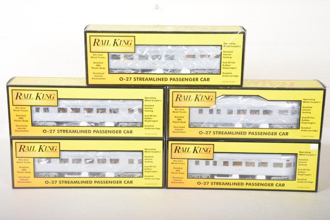 MTH RailKing Reading Streamline Passenger Cars