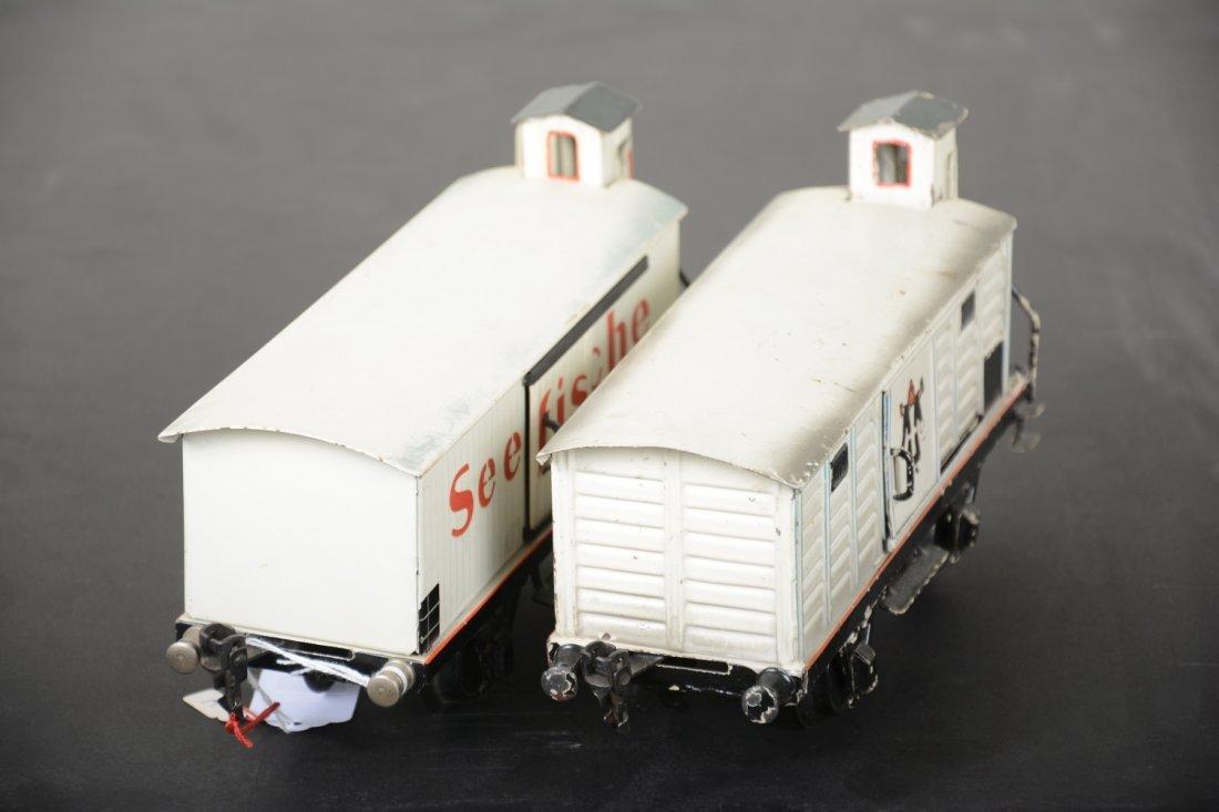2 Marklin 25cm Reefer Cars - 3