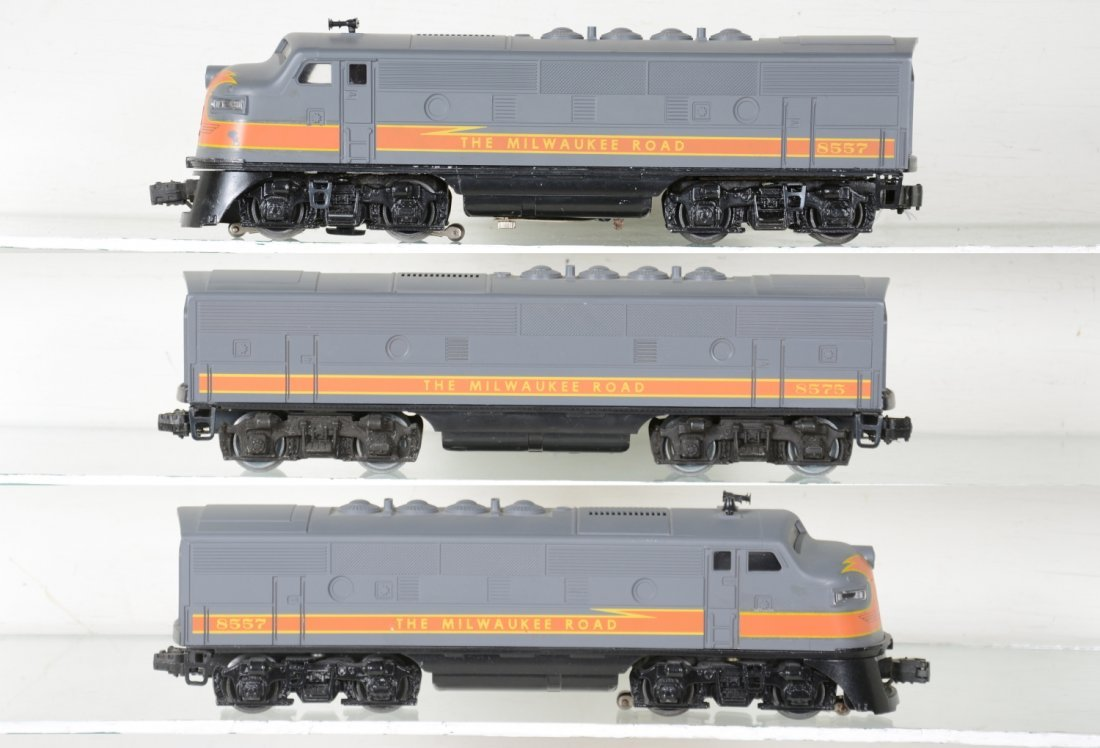 Custom Painted Lionel 2378 F3 ABA Diesels