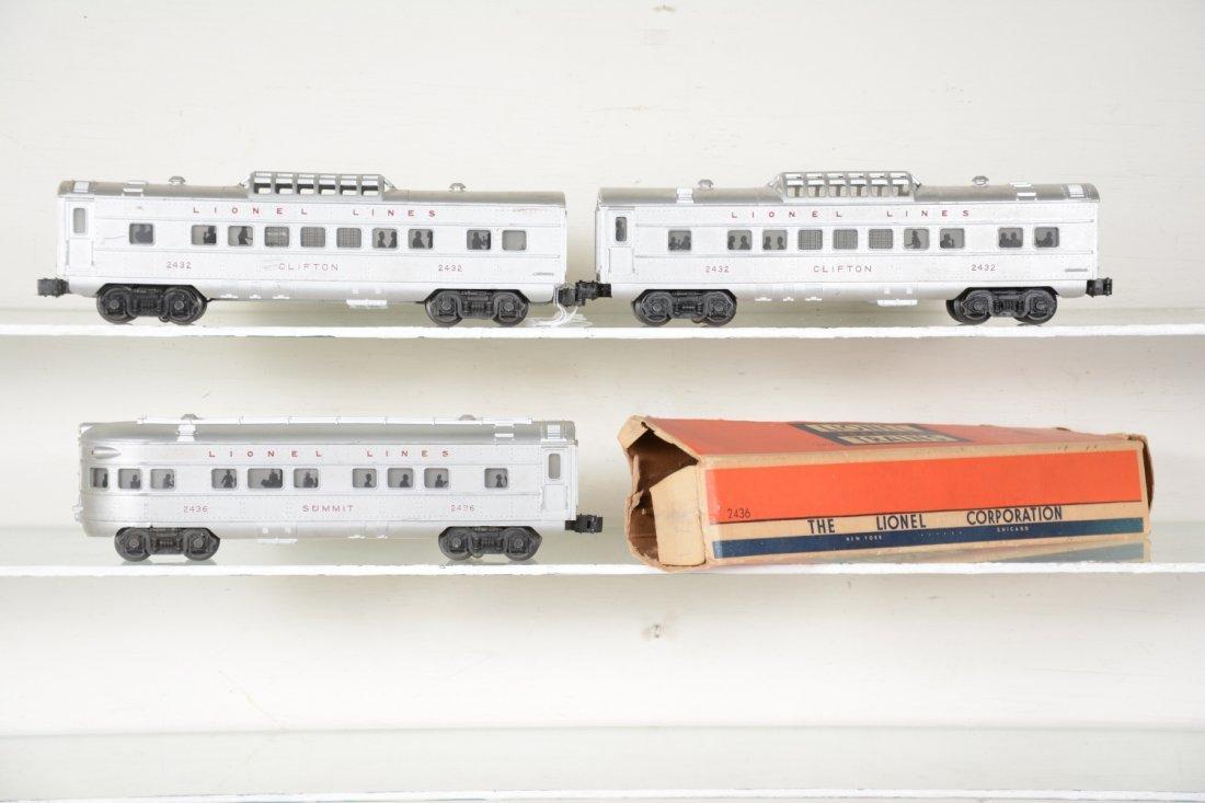 3 Lionel 2430 Series Passenger Cars