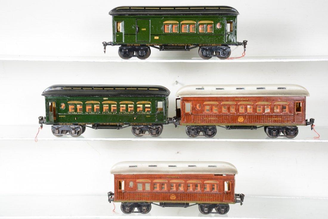 4 Matching Marklin Passenger Cars