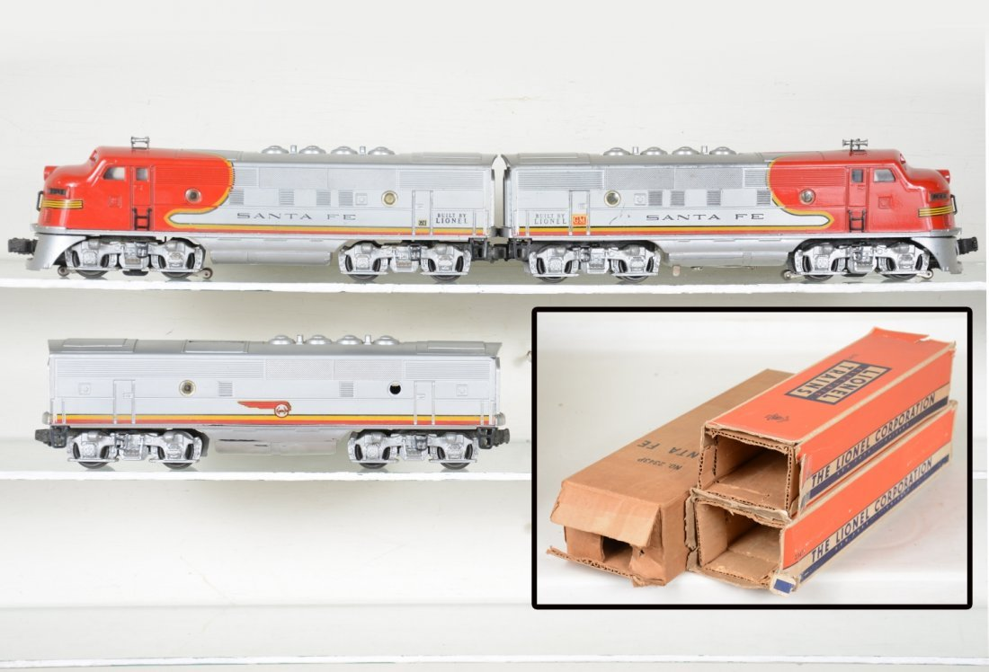 Clean Boxed Lionel 2343 SF F3 ABA Diesels