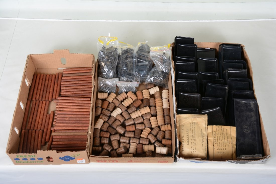 Lionel Bins, Barrels, Logs and 110s