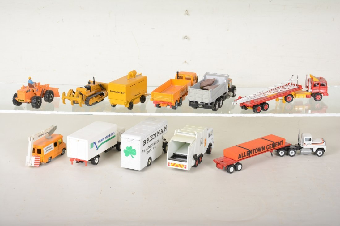 Nice Diecast Layout Vehicles - 4