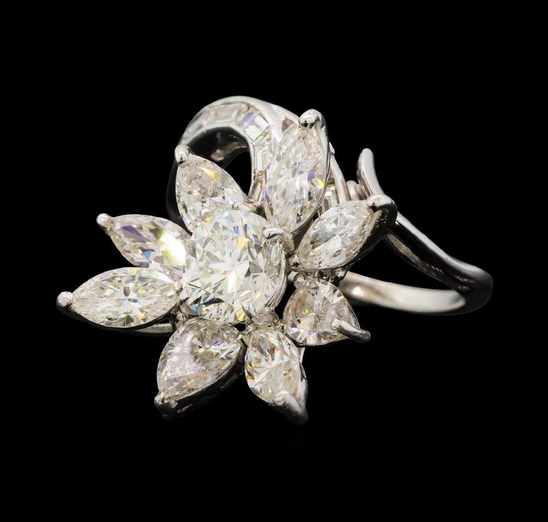 4.68 ctw Diamond Ring - Platinum