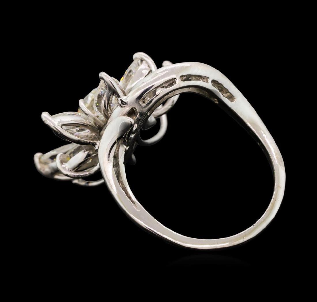 4.68 ctw Diamond Ring - Platinum - 3