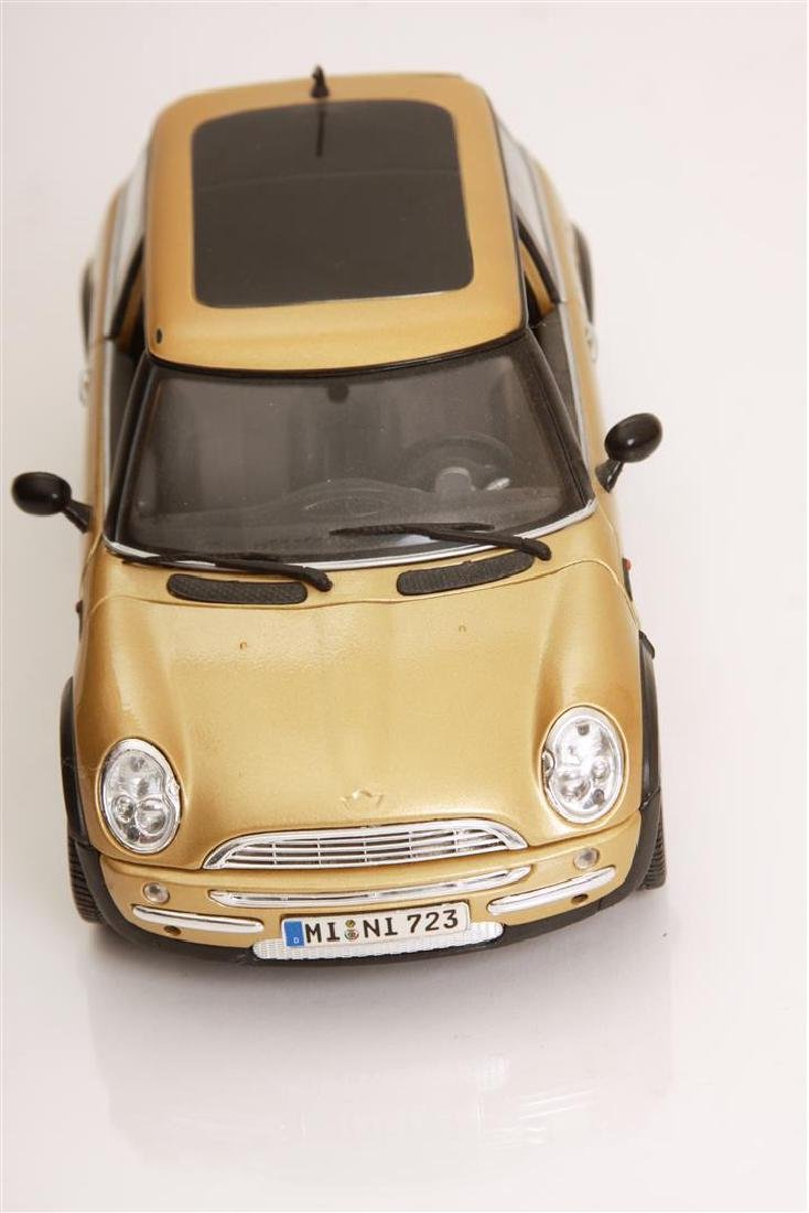 1/18 Scale Mini Cooper by Maisto - 2
