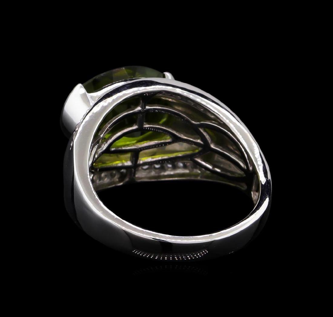 Crayola 3.95 ctw Peridot and White Sapphire Ring - .925 - 3