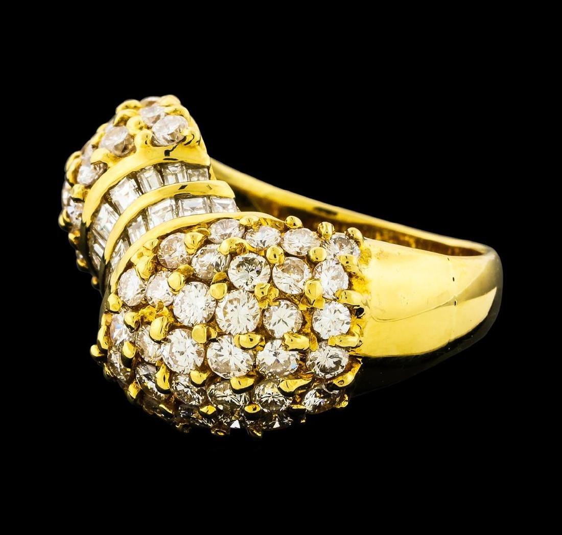 2.82 ctw Diamond Ring - 18KT Yellow Gold