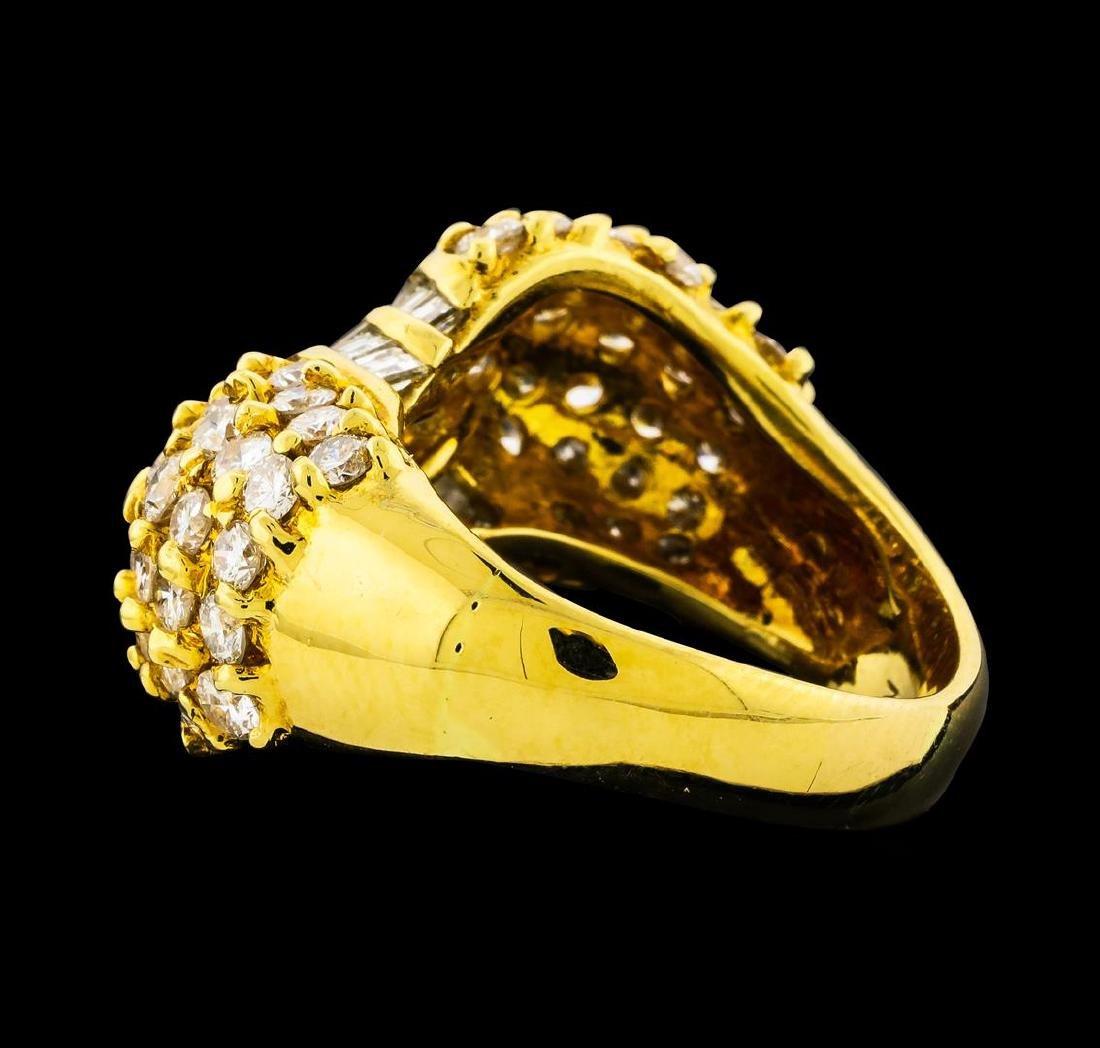 2.82 ctw Diamond Ring - 18KT Yellow Gold - 3