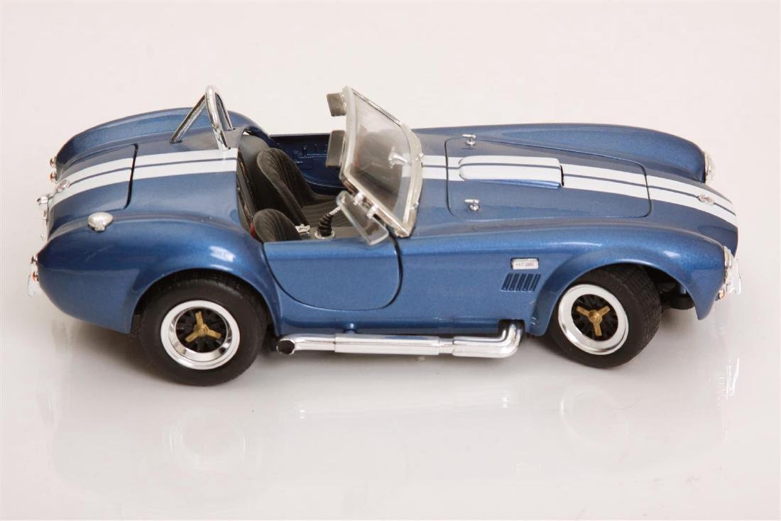 1/18 Scale Shelby Cobra 427 S/C by Road Legends - 3